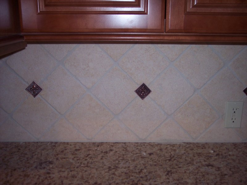 faux brick tile backsplash